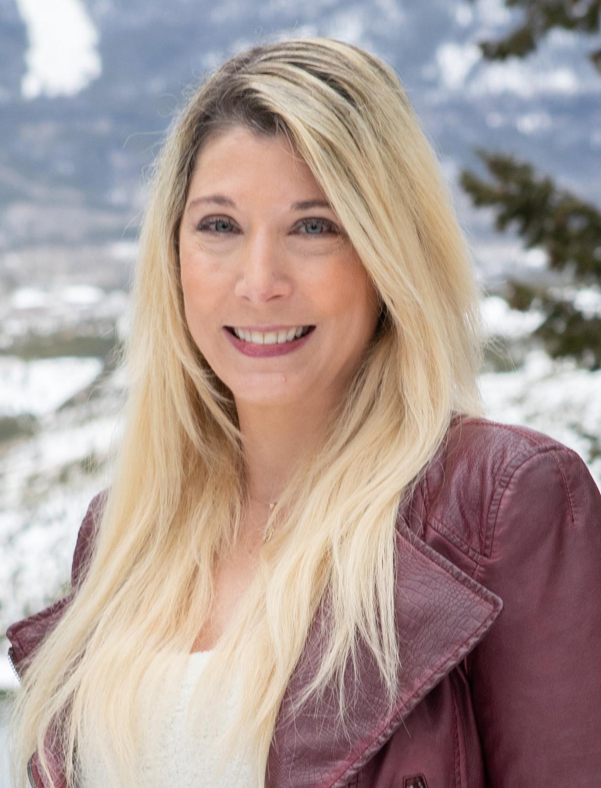 Claudia King 2.jpg